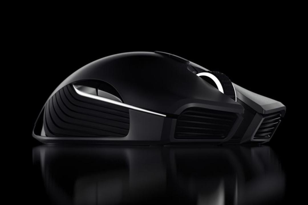 e-Sportsで勝ち上がるためのハイスペックワイヤレスマウス「Razer Lancehead」