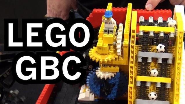 レゴで作った世界最大級のボール運び装置