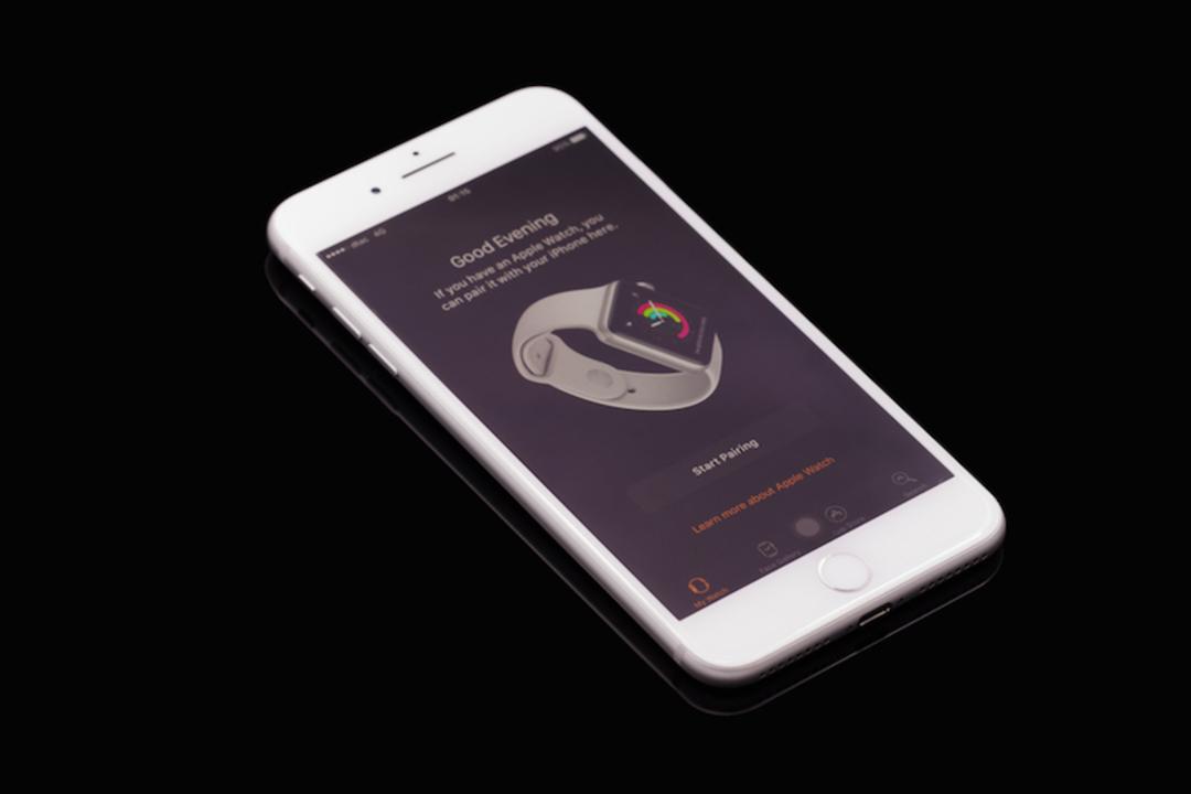 Apple、LGの有機EL工場の専用ラインに出資との報道。未来のiPhone用に?