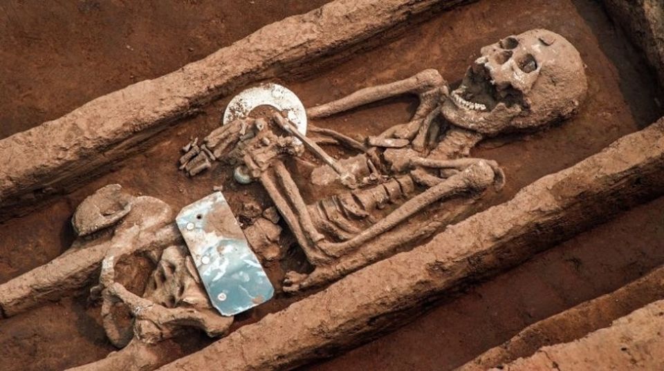 5,000年前の中国では身長約180センチ越えの集団が存在していた
