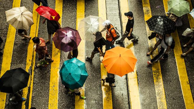 中国の傘シェアリング・スタートアップ、サービス開始数週間でほぼすべての傘(30万本)が消息不明