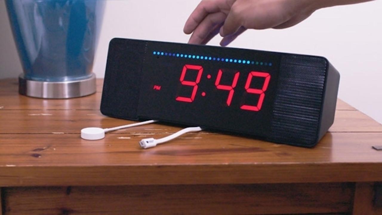 未来の目覚まし時計? AIアシスタントAlexaを搭載した「Sandman Doppler」