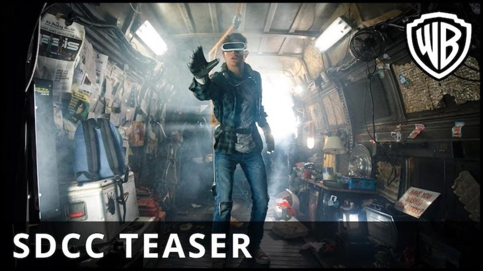スピルバーグが描く「VR」がテーマの映画『レディ・プレイヤー・ワン』予告編。デロリアンに金田のバイクも登場!?