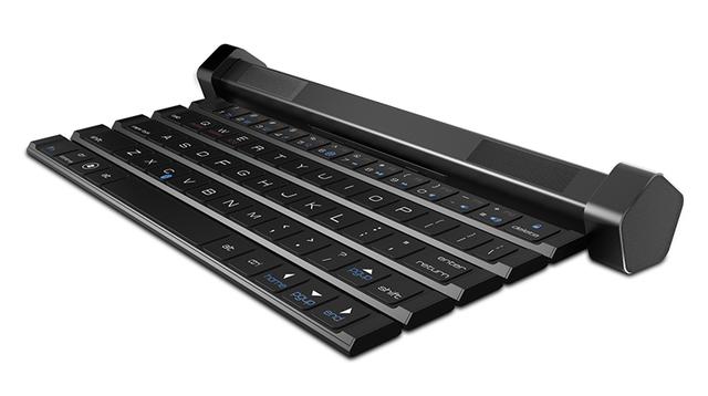 出先でも音にこだわりたいあなたに。スピーカー付きの折り畳みキーボード「Compectus」