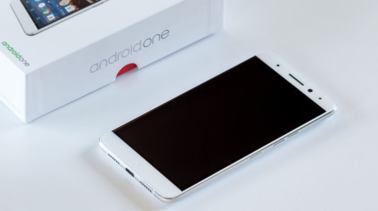 Xiaomi、廉価な「次期Android One」スマホの開発に参入?