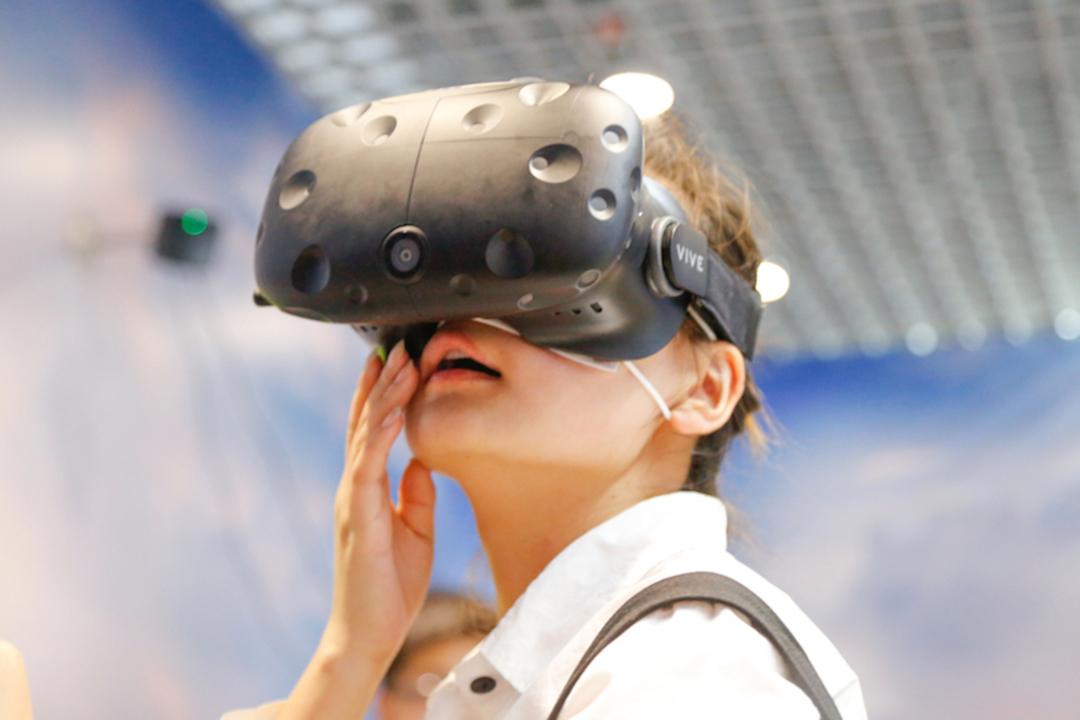 HTCがVR事業「Vive」の分離/売却、あるいは会社身売りを検討中?