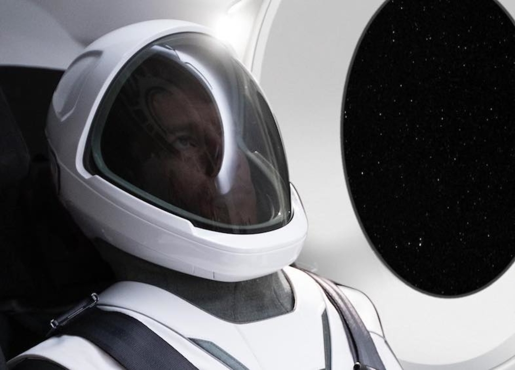 SpaceXの宇宙服がダフト・パンクみたいで格好良い