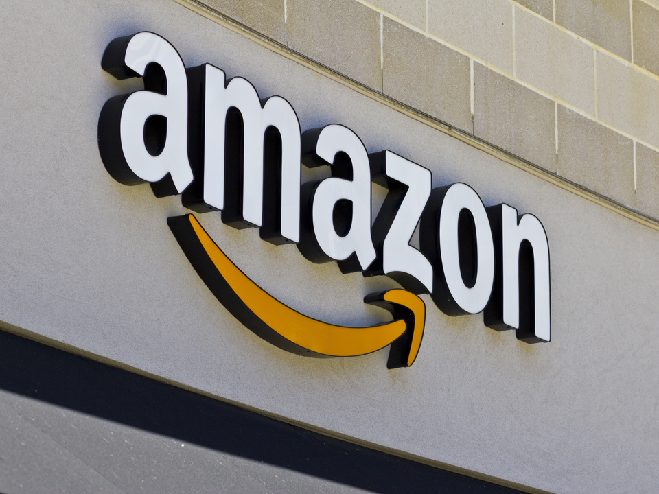 Amazon、買収したスーパー「Whole Foods」でさっそく値下げ実現