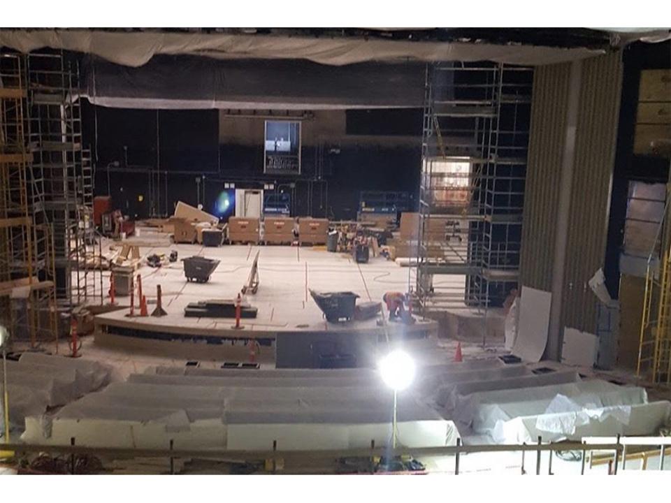 Appleの新製品発表イベント前に、建築中の「Steve Jobs Theater」を見学してみよう