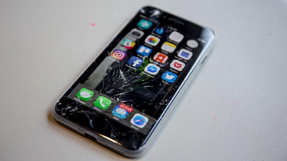 20170913-Phone-Repair-4