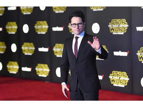 映画『スター・ウォーズ エピソード9』が公開延期。監督はJ・J・エイブラムスに決定