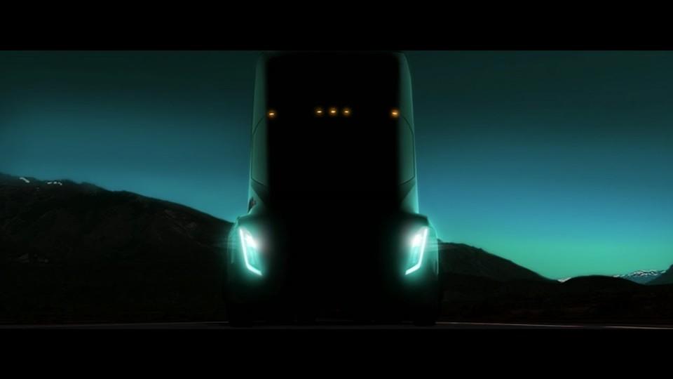 謎に包まれたTeslaのセミ・トラック、10月26日に発表