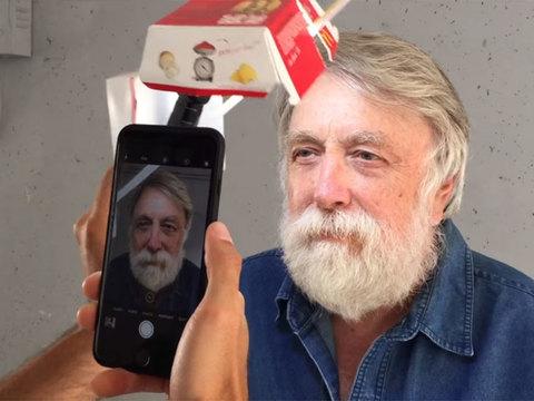iPhoneでポートレイトを撮るなら、ビッグマックの空き箱を使おうぜ