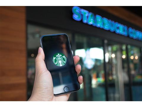 海外スターバックス、iPhone X/8シリーズに向けて無線充電サービスをアップデートへ