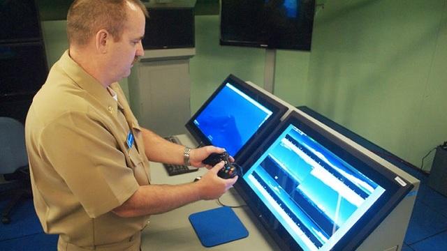 米海軍の潜水艦では、12年前のXbox 360のコントローラーが活用されている
