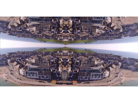 幻想世界が広がる、ドローンで撮影された『インセプション』的映像