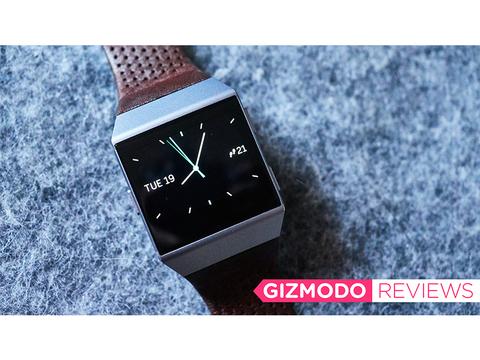 Apple Watchが使えないAndroidユーザーへ…バッテリー超長持ち「Fitbit Ionic」の現実