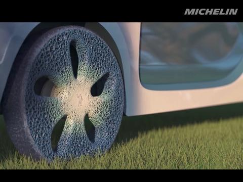 レンコンかな? 地球に優しいミシュランの3Dプリントタイヤ
