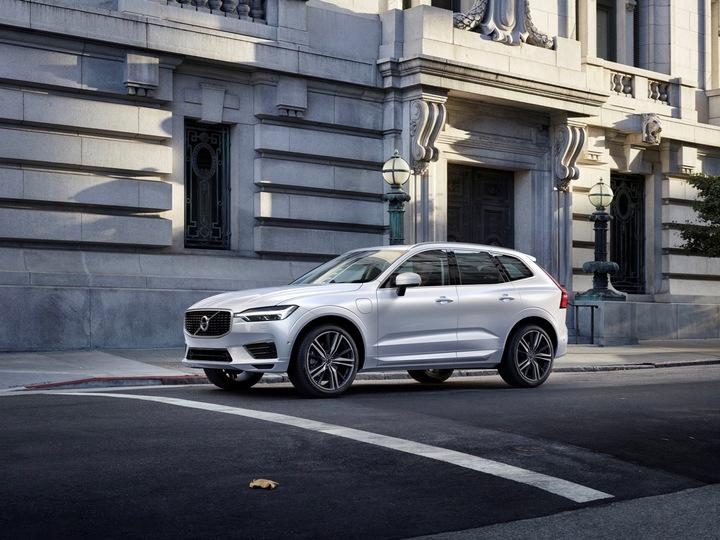 ボルボの新車がサブスクリプションで所有できる。保険、税金、サービス料全て込みで月約9万5000円