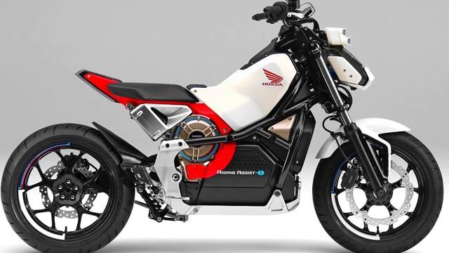 ASIMOの技術を使った倒れないコンセプト・バイク「Honda Riding Assist-e」