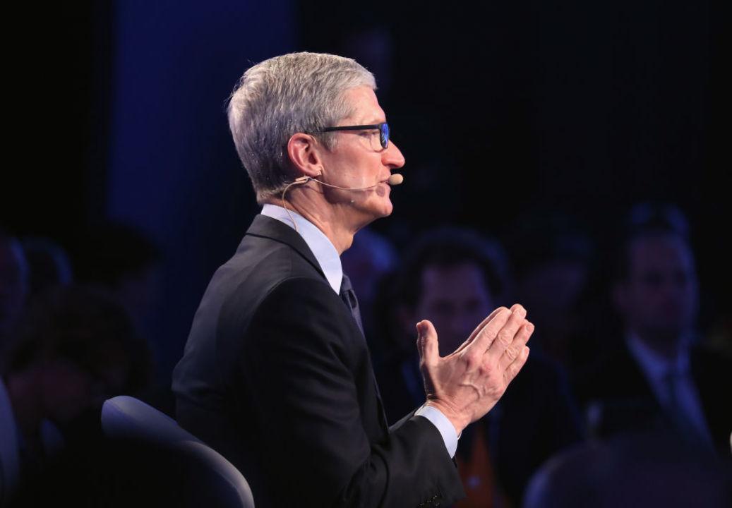 ティム・クックCEO「AppleがARメガネを作るのは時期尚早」と語る