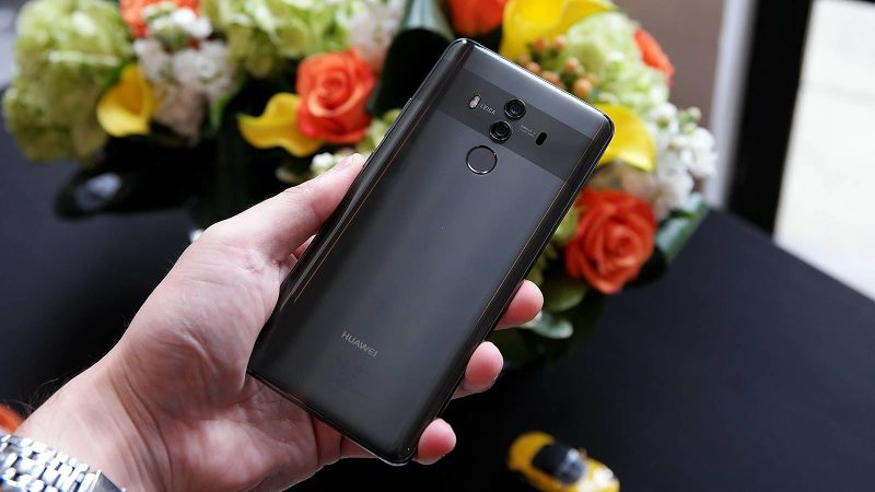 171016_huawei_,mate_10_unveiled_3