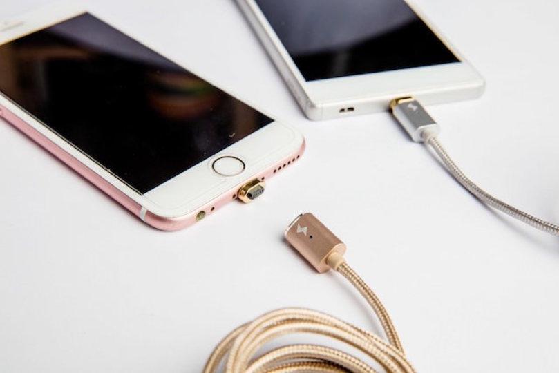 増えがちな充電ケーブルを「たった1本」に集約する方法