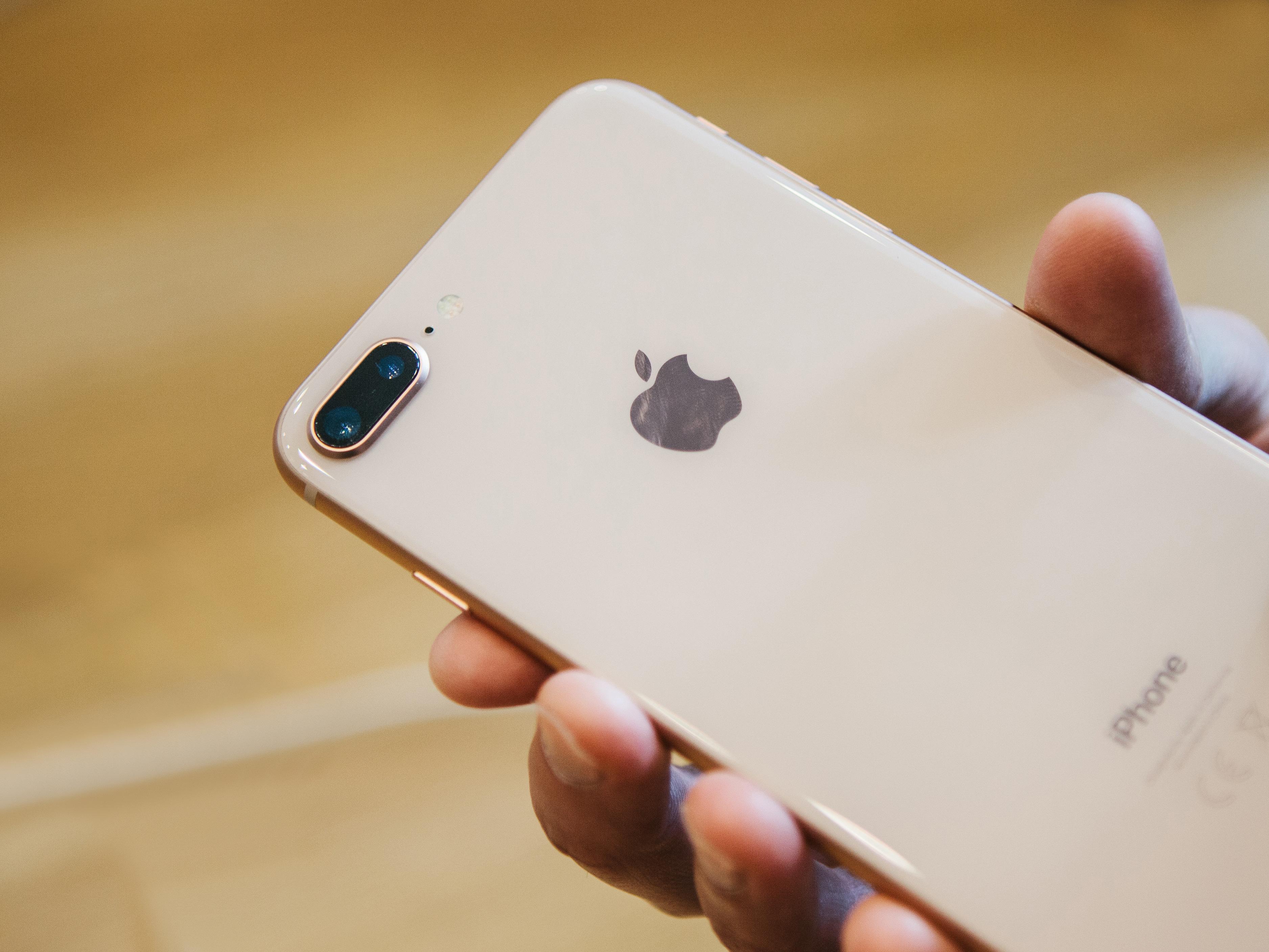 iPhone 8」、なんとiPhone 7より売れていない模様 | ギズモード・ジャパン
