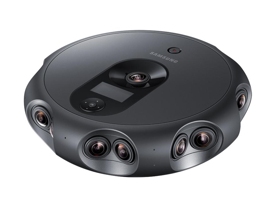 ルンバじゃないよ。Samsungの3D4K全天球カメラ「360 Round」は三次元の九方を十七の瞳で捉えます