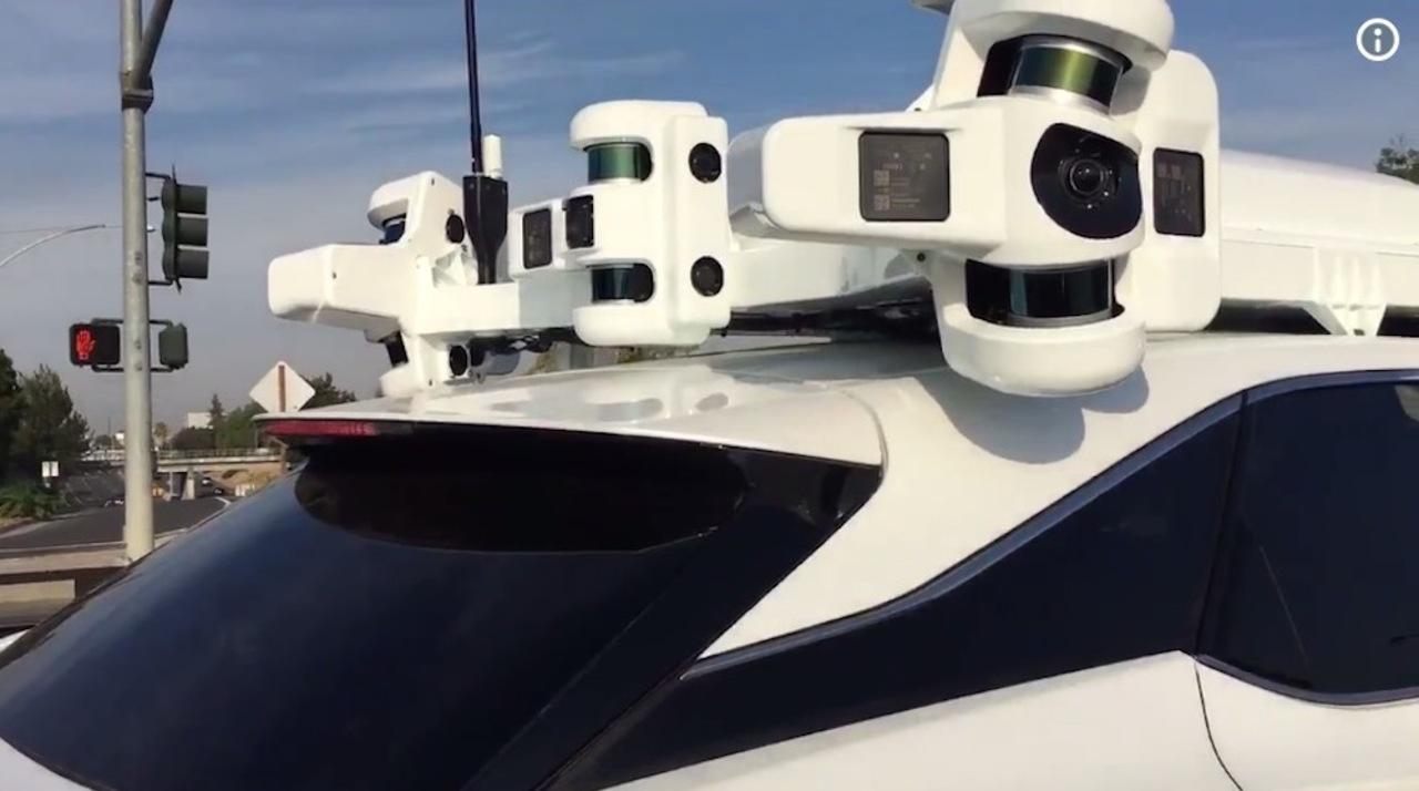 Appleの自動運転プロジェクト「Titan」の車両が、至近距離から目撃される