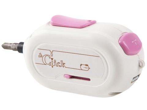 しかもUSB充電。ワンクリックでシメられるマウスサイズの電動ドライバー