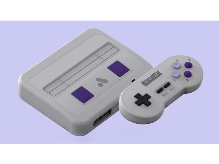 SNESのカセットが挿せる高画質クローン・ゲーム機「Super NT」