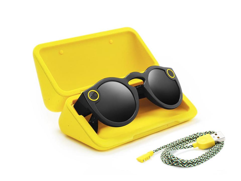 Snapのカメラメガネ「Spectacles」、大量に売れ残っている模様…