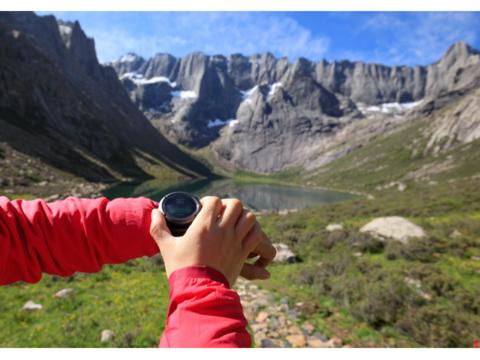 紅葉の季節が到来。登山やハイキングで使いたいスマートウォッチはこれだ