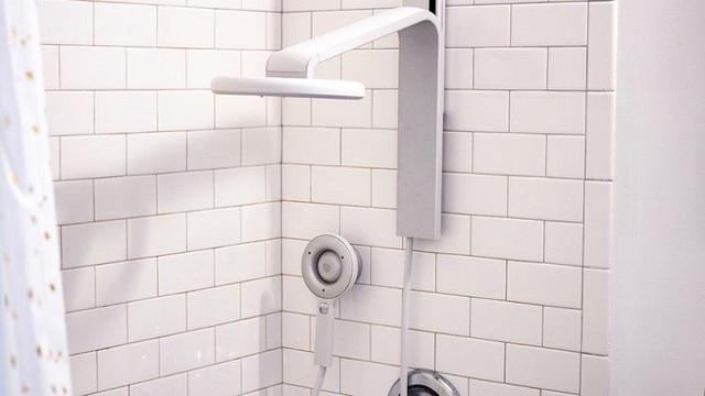 近未来シャワーヘッドNebia Shower Systemレビュー:浴室はびちゃびちゃになるけど最高のセレブ気分を味わえる
