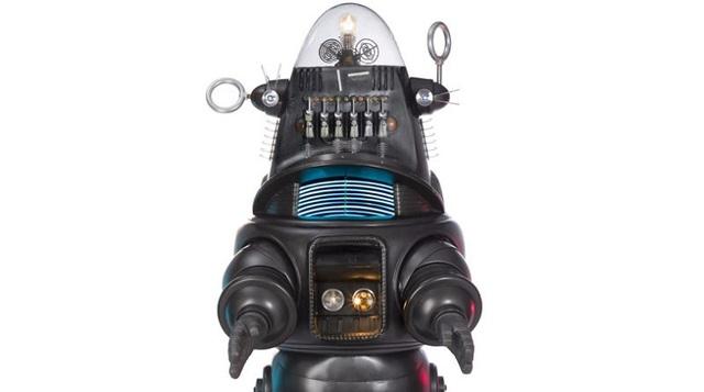 映画史に残るロボット、約6億円で落札される