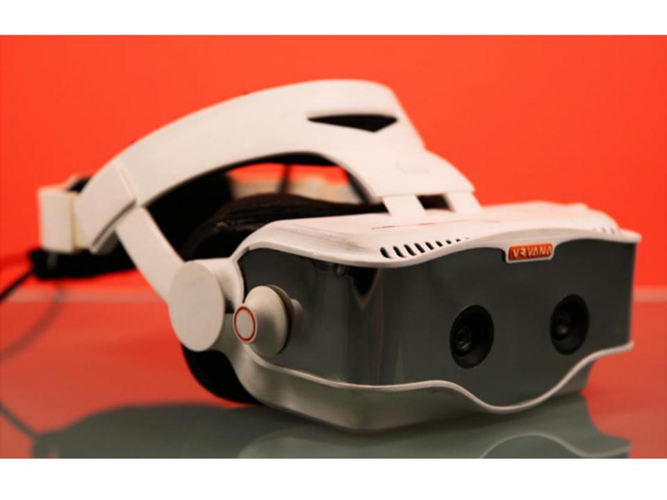 Apple、ARヘッドセット開発会社のVrvana買収。狙いはやはり…?