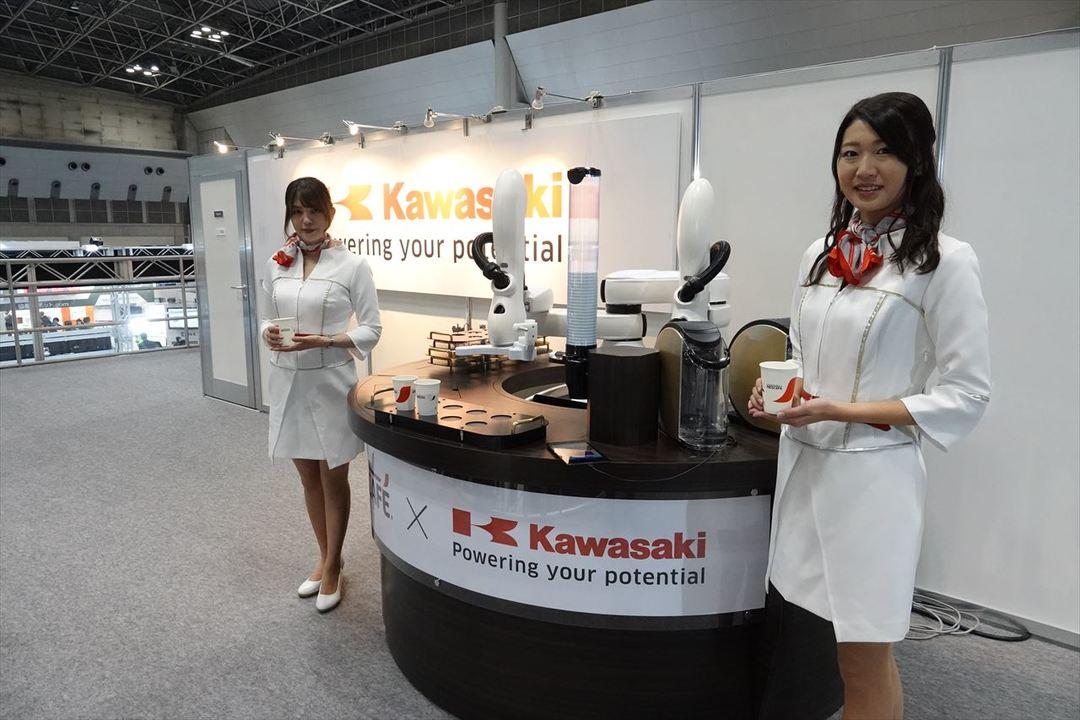 川崎重工 コーヒー入れロボット