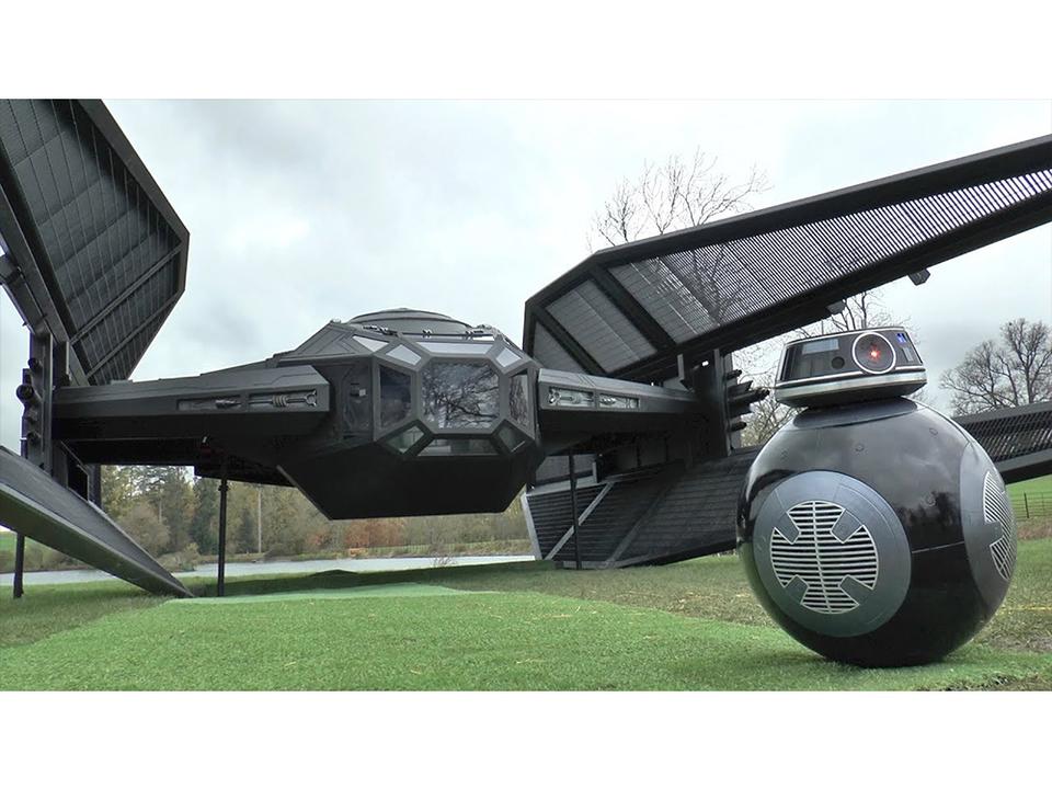 ブッ飛び発明家コリン・ファーズが『スター・ウォーズ』タイ・サイレンサーを完全再現(BB-9Eもいるよ!)