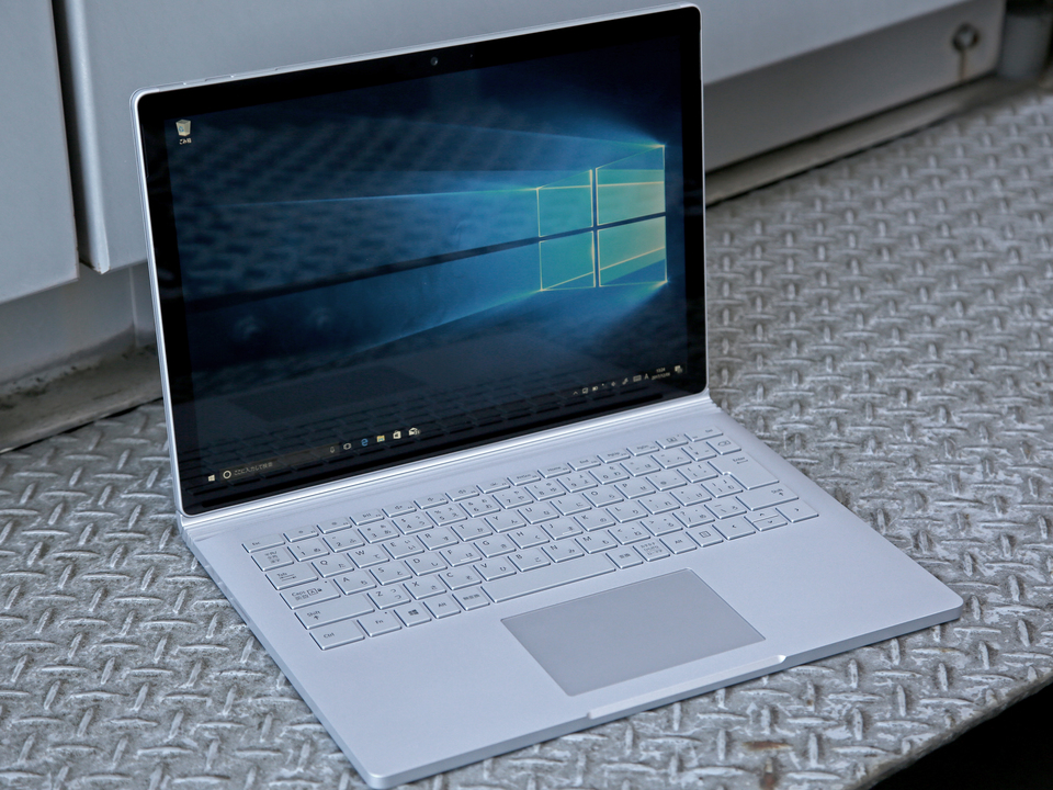 Surface Book 2レビュー:突き抜けたパワーはまるでスポーツカー