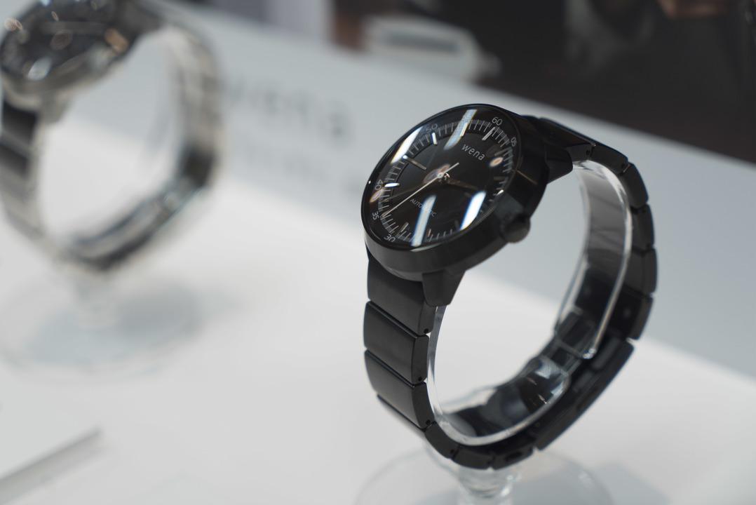 分離するスマートウォッチ。ソニーが「wena wrist pro」、「wena wrist active」を発表