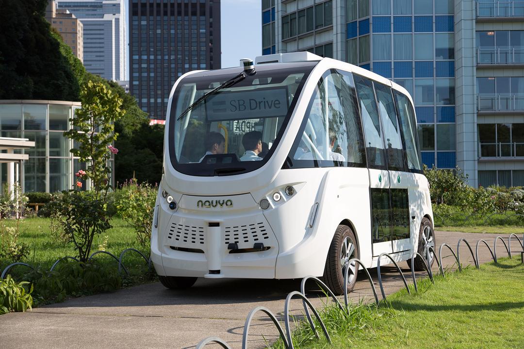 23区内で初。ソフトバンク、自動運転車の公道テストを12月22日開催