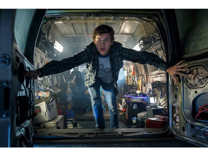 『ストII』やガンダムのカメオ出演も! 映画『レディ・プレイヤー1』の最新映像が解禁。