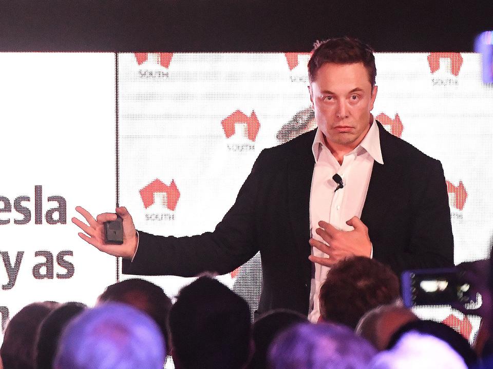 「テスラによるバッテリー買い占めで世界規模のバッテリー不足」報道、真偽はいかに