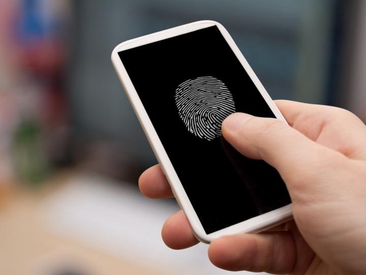 ディスプレイ下に指紋認証センサーを搭載するSynapticsの技術「Clear ID FS9500」。既にスマホメーカーのトップ5社が採用の流れ?