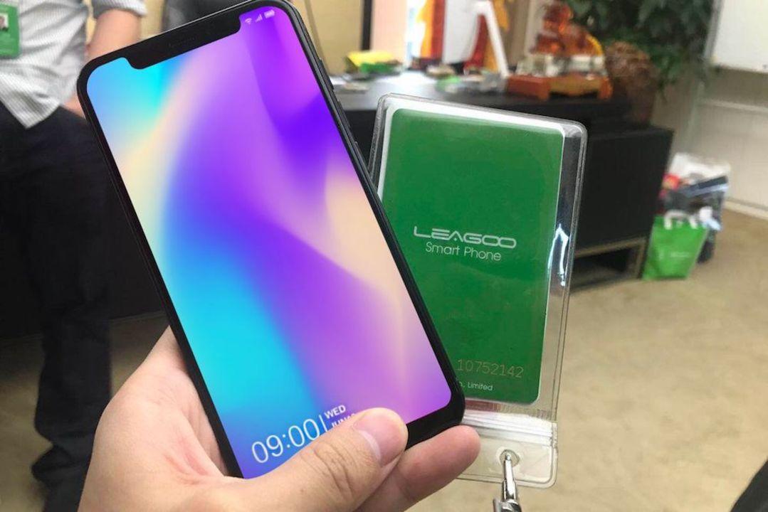 中国発、ノッチ装備のiPhone Xクローン端末「S9」が登場。価格は300ドル以下