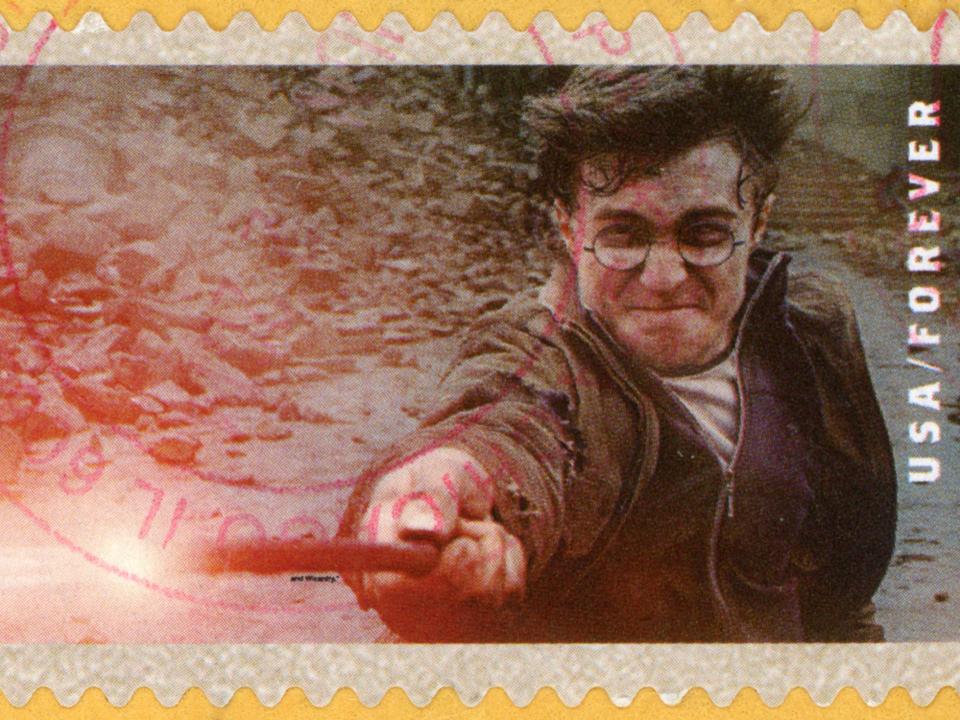 年末暇なあなたへ。『ハリー・ポッター』シリーズ8作がまとめて5,500円で配信してますよ