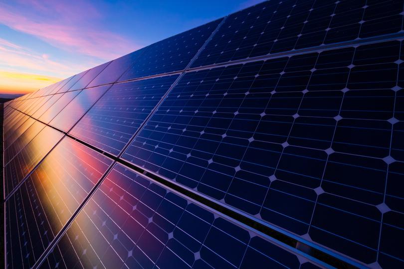 米国のソーラーパネル市場が低迷。イーロン・マスクの買収が原因か