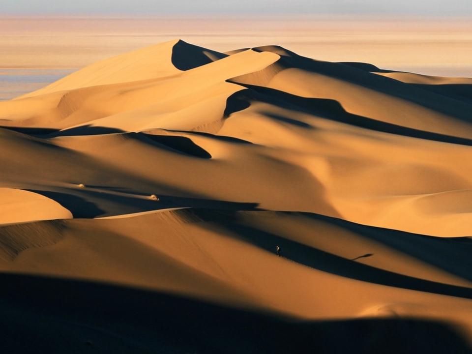 人工知能には「砂漠」の画像がエロ画像に見えるらしい
