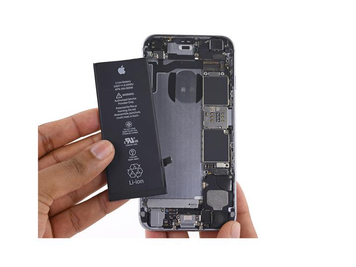 自分のiPhoneのパフォーマンスがバッテリー劣化によって重くなっていないかチェックする方法&解決策